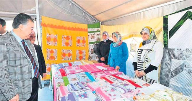 Suriyeli misafirlerin sergisi törenle açıldı