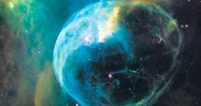 Emektar Hubble'dan 26'ncı yaş günü fotoğrafı