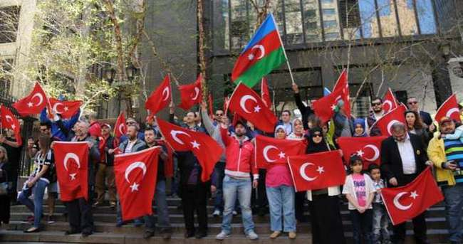 Ermeni iddiaları New York'ta protesto edildi