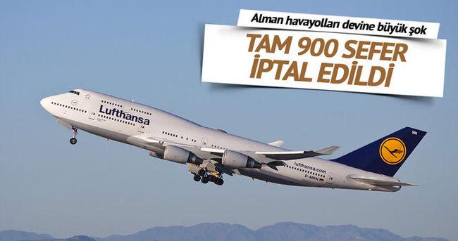 Lufthansa'da grev nedeniyle 900 uçuş iptal