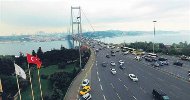 İstanbul trafiğine 'drone'lu takip