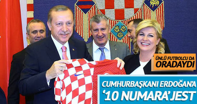 Kitaroviç'ten Erdoğan'a forma jesti