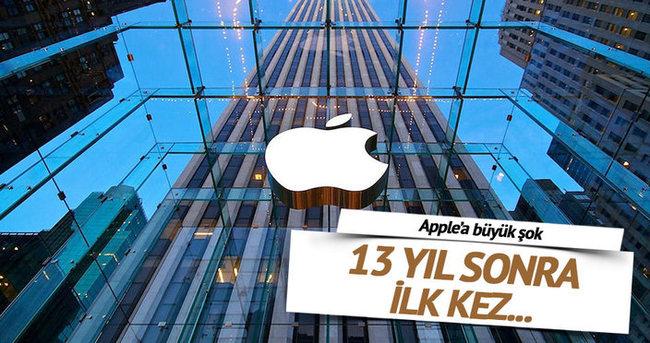 Apple 13 yıl aradan sonra ilk kez düşüşte
