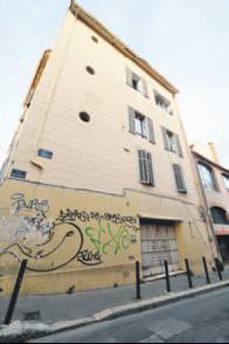 Marsilya'da sinagog camiye çevriliyor