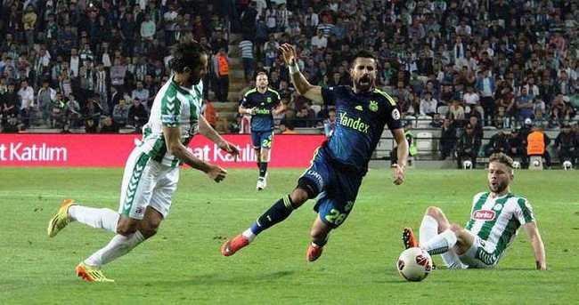 Fenerbahçe-Konyaspor maçının saati değişti