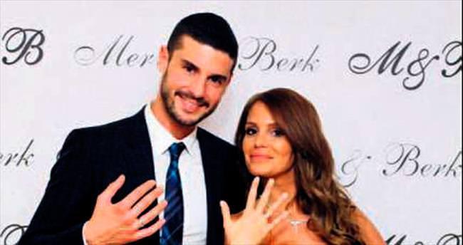 Beş yıllık ilişki Ağustos'ta evlilikle noktalanıyor