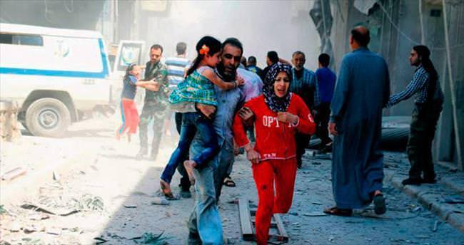 Halep'te bu kez klinik bombalara hedef oldu