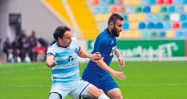 Mavi Şimşek play-off'a
