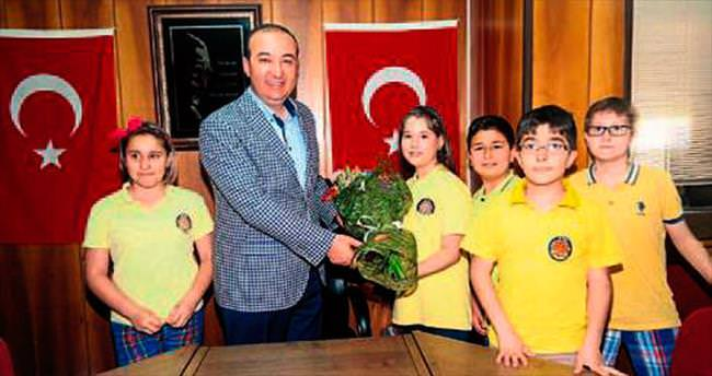Başkan Öztürk'ten yerel yönetim dersi