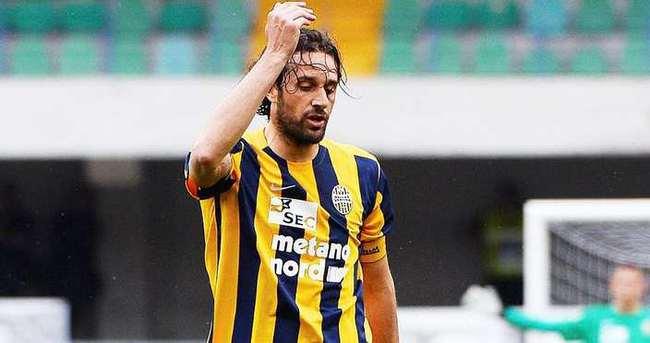 Luca Toni futbolu bırakıyor