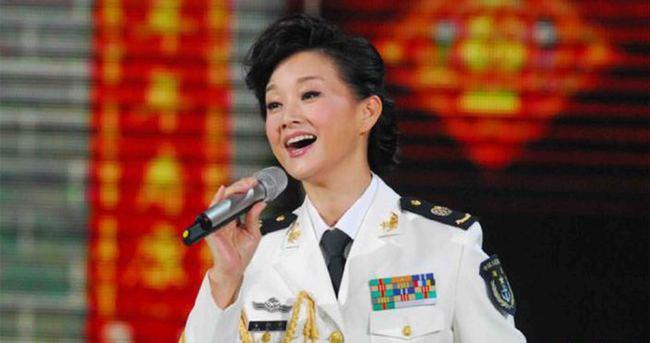 Çin'den, Güney Çin Denizi'nde askeri konser