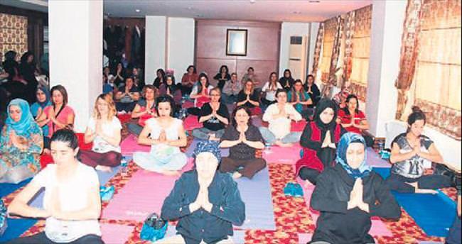 Hamile kadınlar için yoga eğitimi