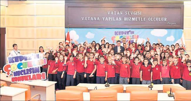 Belediye Meclisi'nde 3 bin öğrenci hedefi