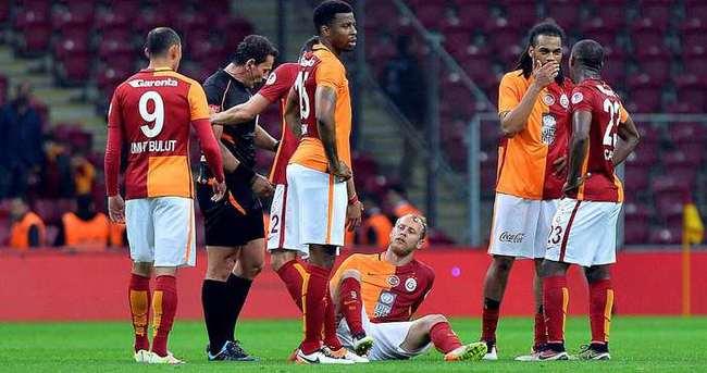 Galatasaray'a derbi öncesi Semih Kaya şoku