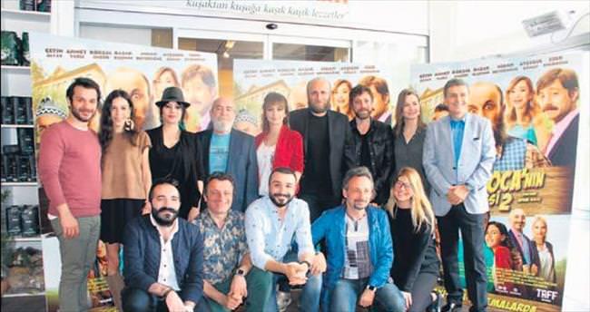 'Oflu Hoca'ya türkülü toplantı