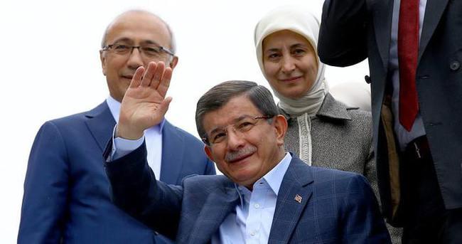 Başbakan Davutoğlu, Konya'ya geldi
