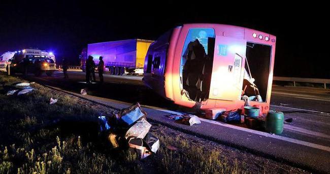 Bolu'da trafik kazası: 22 yaralı