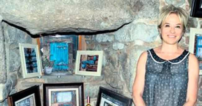 Ankaralı matematikçi ressam olup sergi açtı