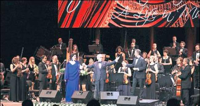 Jose Carreras'tan muhteşem konser