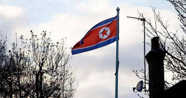 Kuzey Kore İngiliz gazeteciyi sınır dışı etti