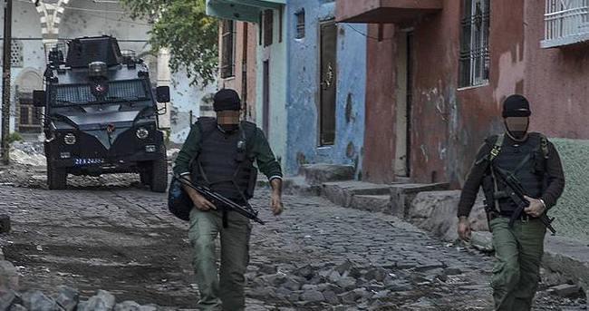 Teröristlerin tuzakladığı 140 ton patlayıcı imha edildi