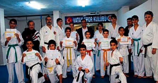 Engellilere karate eğitimi