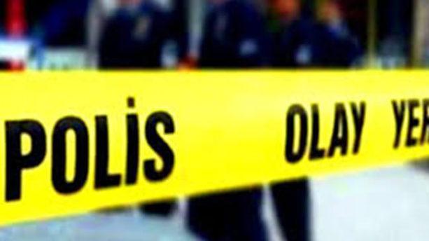 Kaldırımdaki şüpheli paketler polisi alarma geçirdi