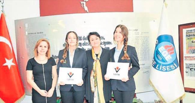 Özel Egel Lisesi öğrencilerine ödül