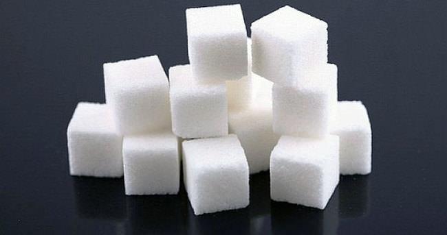 Girdikleri evlerde küp şekeri bile çalmışlar