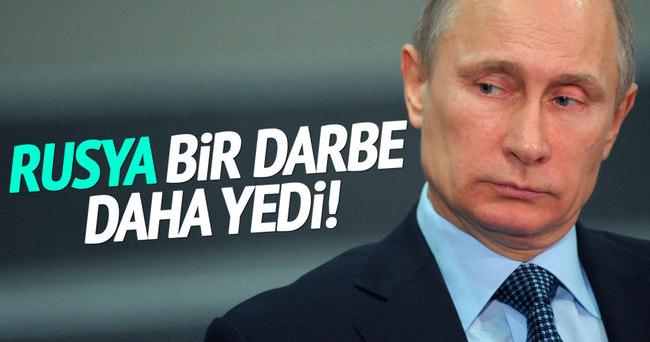 Rusya'ya bir darbe daha!