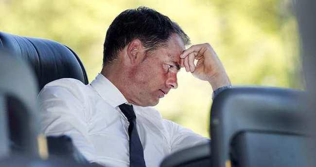 Frank de Boer Ajax'ı bıraktı