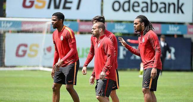 Galatasaray, Akhisar'a hazırlanıyor