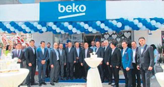 Beko'dan İzmir'e 4 mağaza birden
