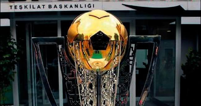 İşte şampiyon takımın kupası
