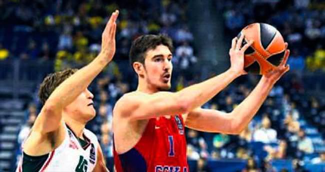 CSKA Moskova'yı De Colo uçurdu