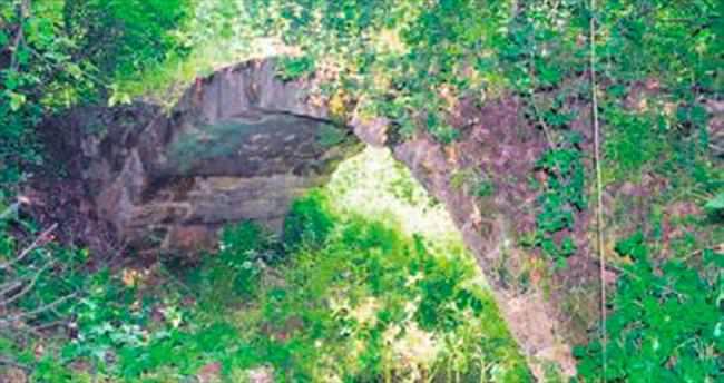Orhangazi'de 2 bin yıllık köprü bulundu