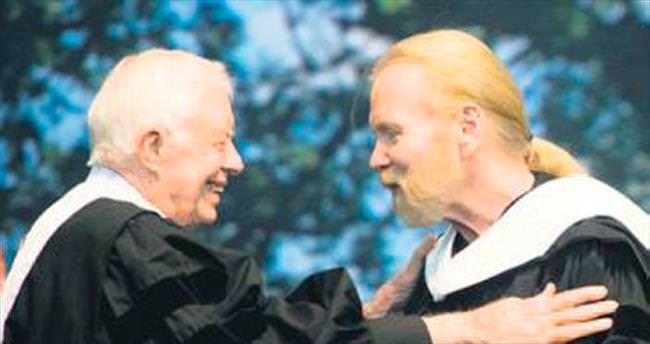 Allman'a nişanını eski başkan verdi
