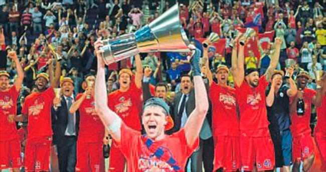 CSKA Moskova nihayet