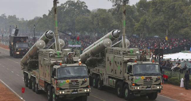 Hindistan süpersonik önleme füzelerini test etti