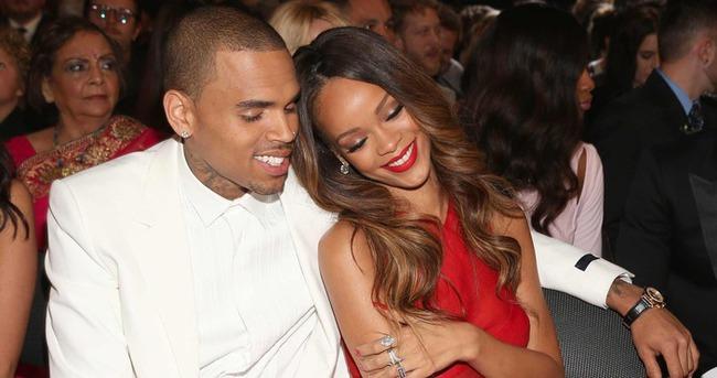 Chris Brown eski sevgilisi Rihanna'yı çıldırttı