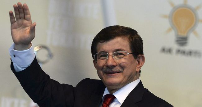 Başbakan Davutoğlu, TBMM Başkanı Kahraman'ı ziyaret etti