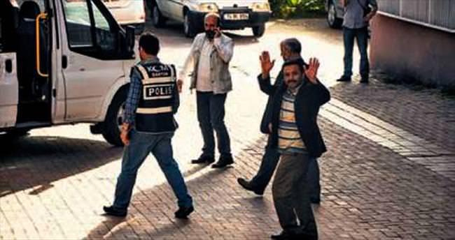 7 ildeki operasyonda 19 FETÖ'cü tutuklandı