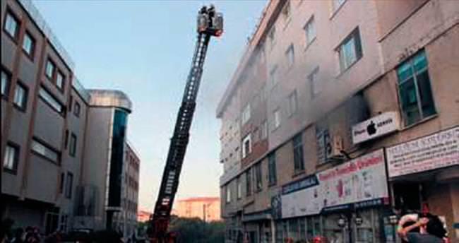 İş merkezinde yangın dehşeti