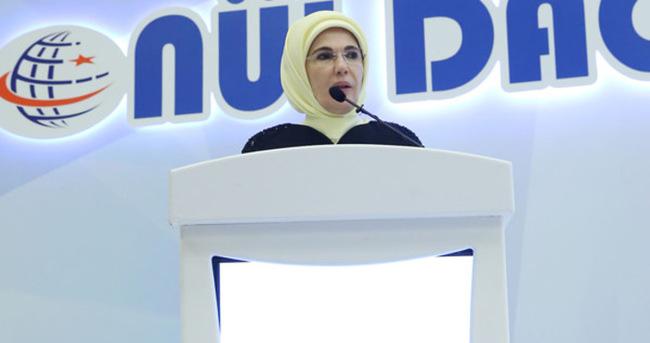 Emine Erdoğan: Bunu ancak gönül seferberliğiyle yapabiliriz