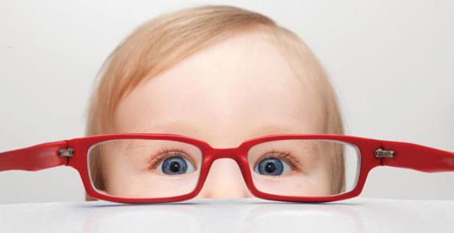Bebeklerin gözleri risk altında