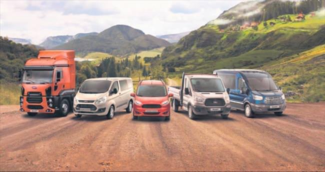 Ford ticari araçlar Türkiye'yi taşıyor