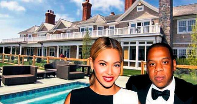 Tatil yaptıkları evin aylık kirası 1 milyon $