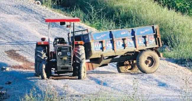 Aynı yerde bombalı traktör
