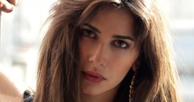 Nesrin Cavadzade: O fotoğraflarla sergi açacağım