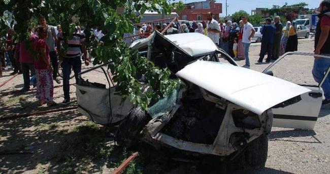 Kamyonet otomobili biçti: 2 ölü, 2 yaralı